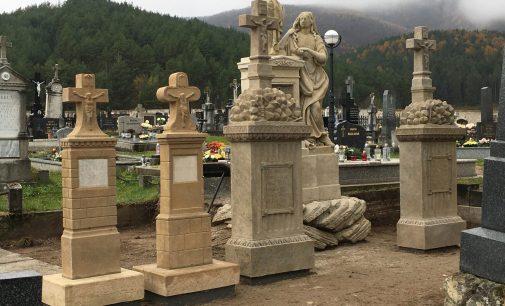 Reštaurovanie súboru náhrobníkov rodiny Tocsek je ukončené