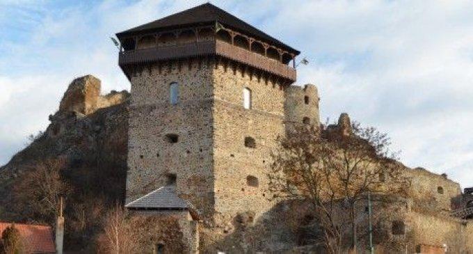 Od mája je opäť otvorený Fiľakovský hrad