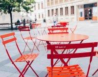 V Bratislave si verejne môžete opäť posedieť